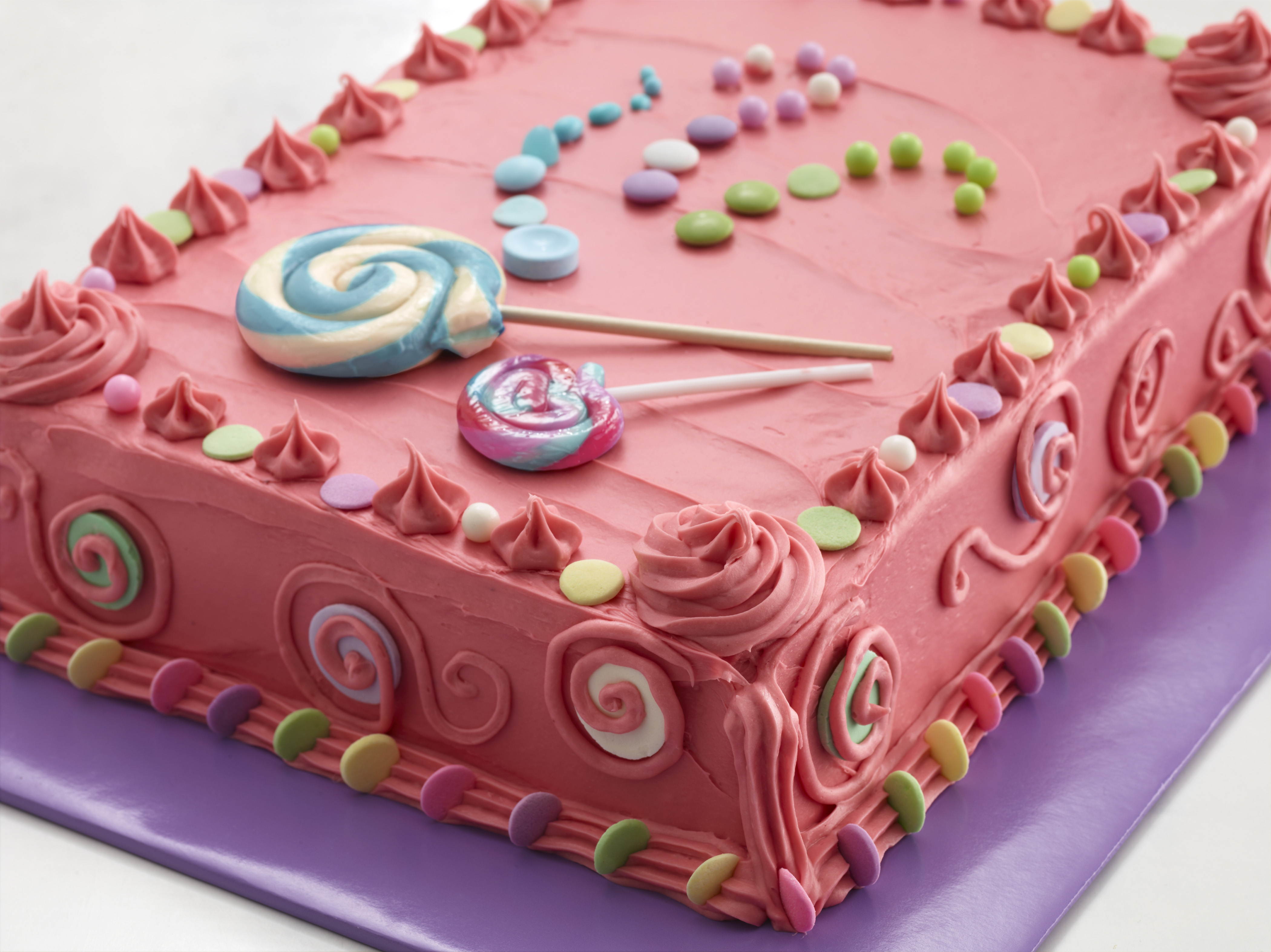 Bubble Gum Candy Cake